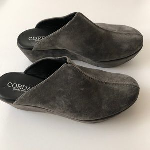 Cordani Gray Suede Clogs